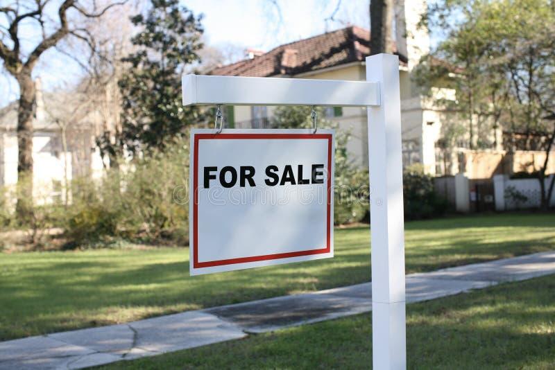 πώληση σπιτιών στοκ εικόνες με δικαίωμα ελεύθερης χρήσης