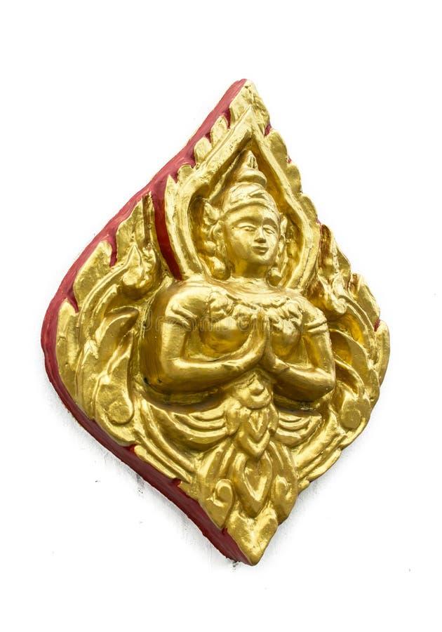 Πλάγιας όψης υψηλό tha παράδοσης τέχνης γλυπτών ανακούφισης χρυσό και κόκκινο στοκ εικόνες