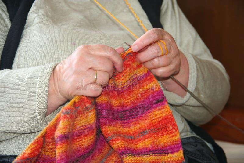 Πλέκοντας μαλλί στοκ εικόνα με δικαίωμα ελεύθερης χρήσης