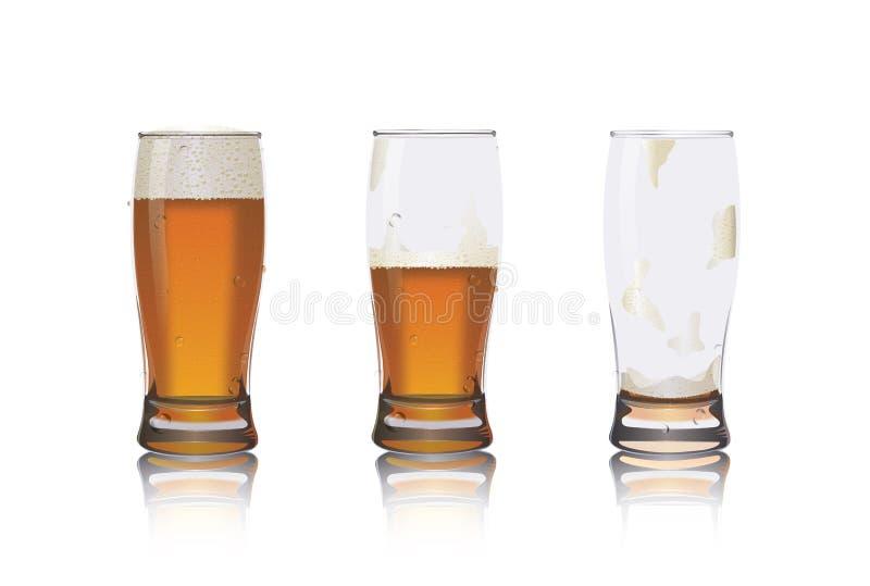 Πλήρης, μισός ανόητος και κενά γυαλιά μπύρας στοκ φωτογραφία με δικαίωμα ελεύθερης χρήσης