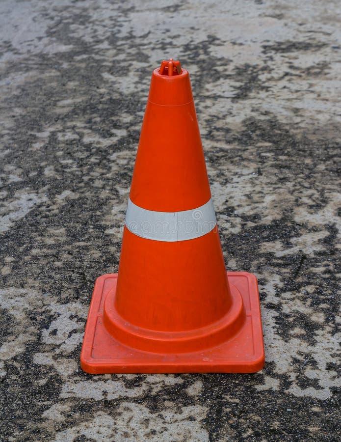 Πλαστικός πορτοκαλής οδικός κώνος στοκ φωτογραφία