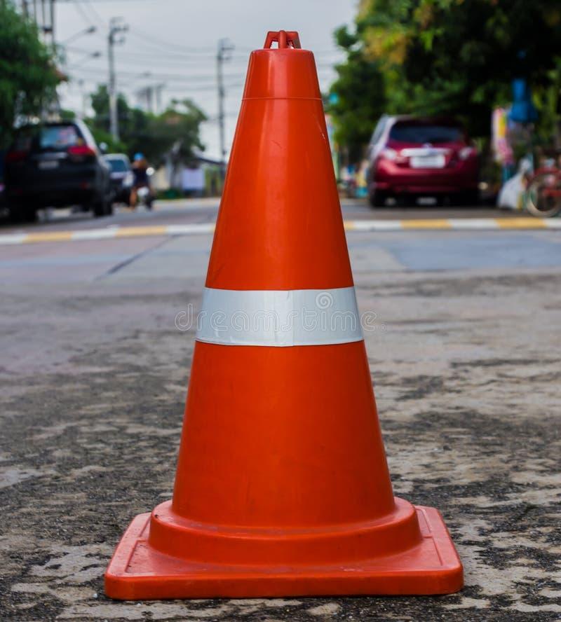 Πλαστικός πορτοκαλής οδικός κώνος στοκ εικόνα
