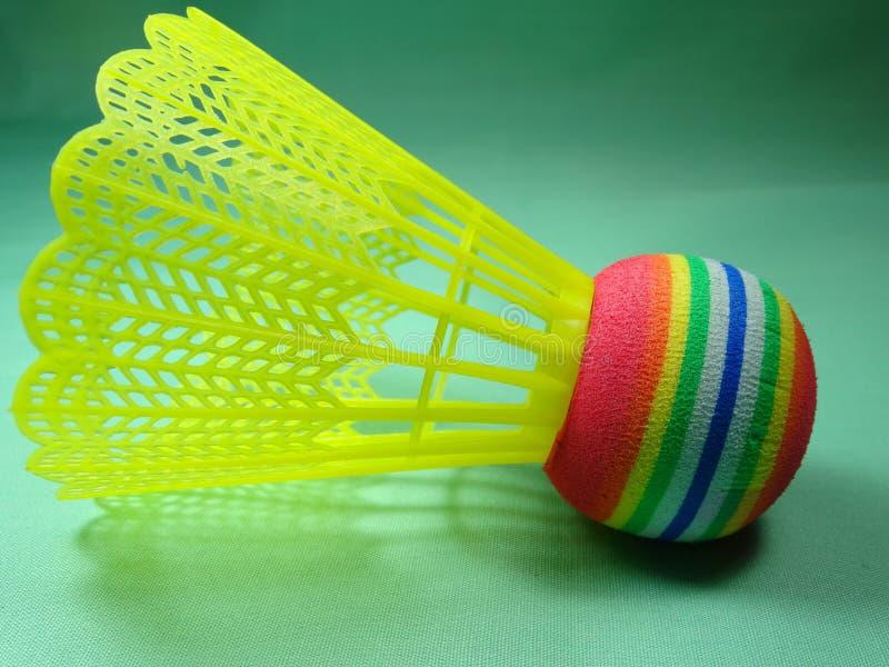 Πλαστικό Colourfull shuttlecock στοκ φωτογραφία