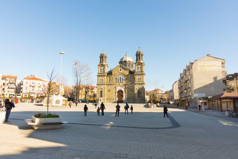 Πλατεία του Cyril και Methodius στο κέντρο Bourgas στη Βουλγαρία στοκ φωτογραφία με δικαίωμα ελεύθερης χρήσης