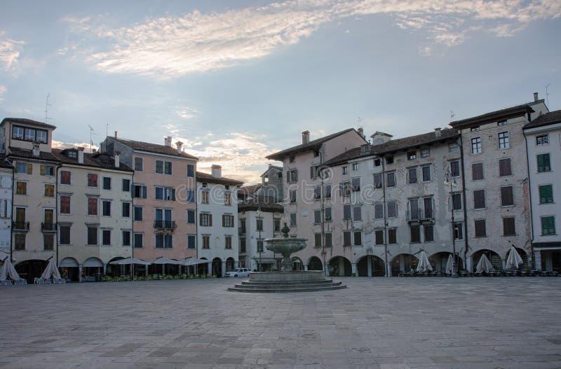 Πλατεία SAN Giacomo Udine, Ιταλία, χρόνος ανατολής στοκ εικόνες με δικαίωμα ελεύθερης χρήσης
