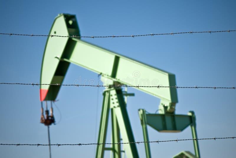 Πλατφόρμα άντλησης πετρελαίου στοκ φωτογραφίες