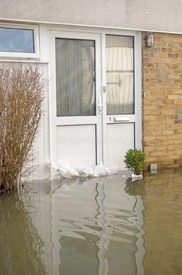 Πλημμυρισμένη μπροστινή πόρτα, Basingstoke