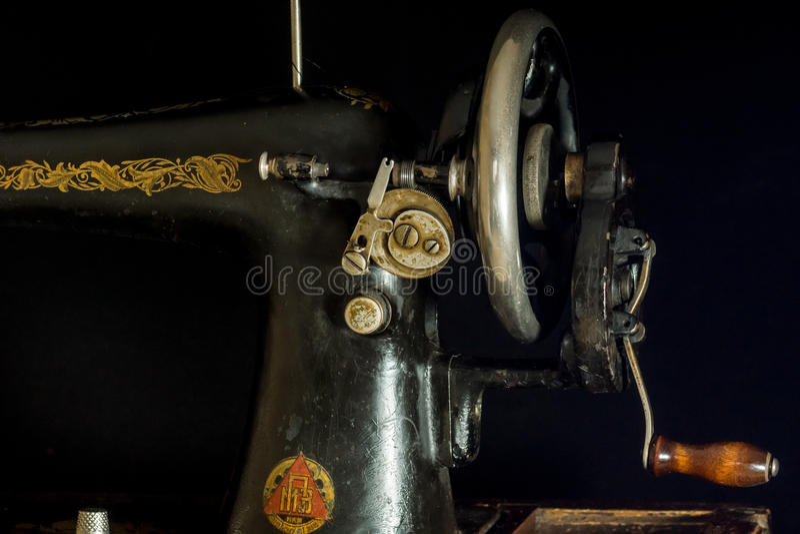 Ράβοντας μηχανή αναδρομική στοκ εικόνες με δικαίωμα ελεύθερης χρήσης