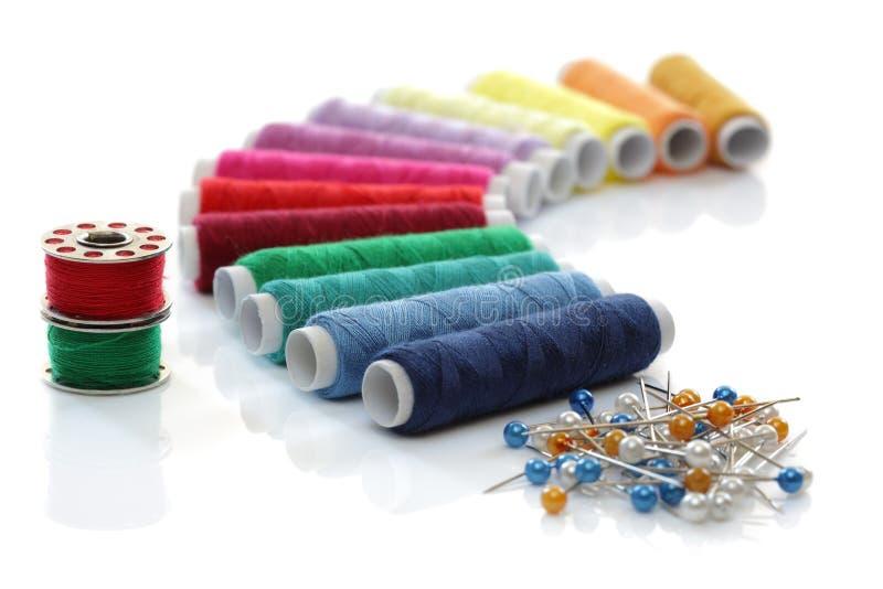 ράβοντας νήμα στοκ εικόνες με δικαίωμα ελεύθερης χρήσης