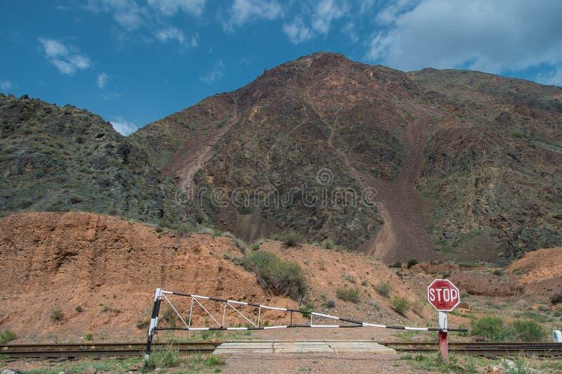 Ράγα που διασχίζει στο Κιργιστάν στοκ φωτογραφία με δικαίωμα ελεύθερης χρήσης