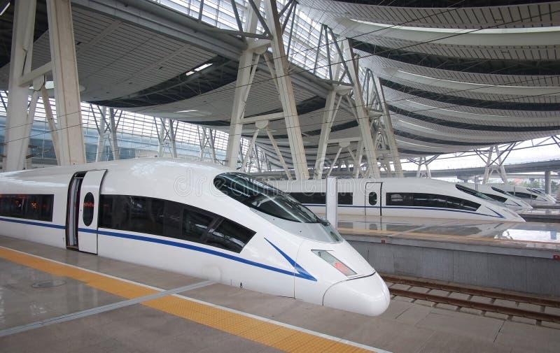 Ράγα υψηλής ταχύτητας, σιδηροδρομικός σταθμός του Πεκίνου στοκ φωτογραφίες με δικαίωμα ελεύθερης χρήσης