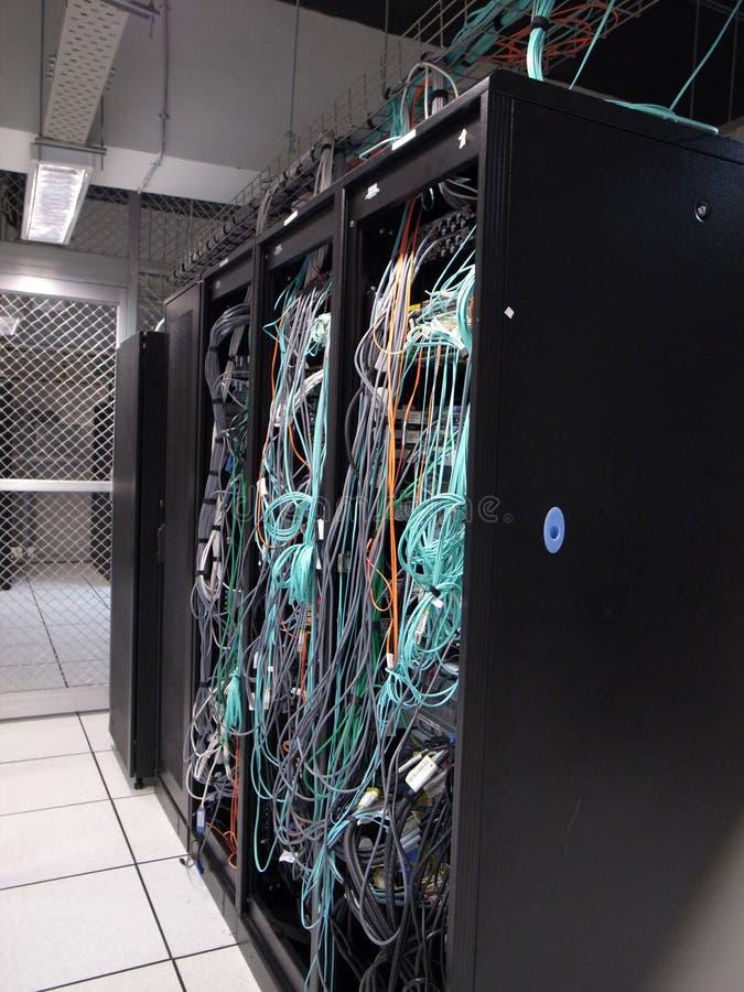 Ράφια κεντρικών υπολογιστών στοκ φωτογραφία με δικαίωμα ελεύθερης χρήσης