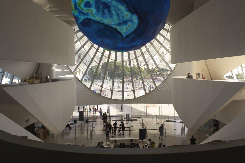 Ρίο ντε Τζανέιρο, Βραζιλία 5 Αυγούστου 2018 Εσωτερικό του μουσείου του αύριο στην πλατεία Maua Σχεδιασμένος από τον αρχιτέκτονα Σ στοκ εικόνα με δικαίωμα ελεύθερης χρήσης