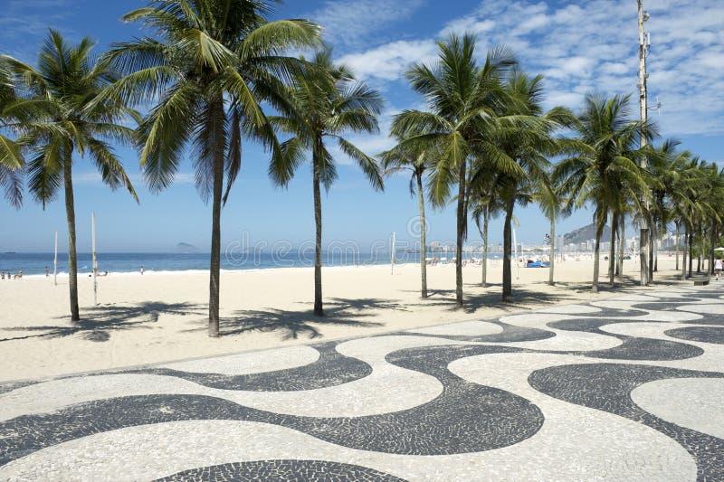 Ρίο ντε Τζανέιρο Βραζιλία θαλασσίων περίπατων παραλιών Copacabana στοκ εικόνες με δικαίωμα ελεύθερης χρήσης