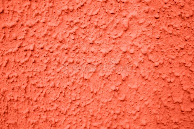 Ραβδωτή σύσταση τοίχων στο σπίτι Κοράλλι χρώματος στοκ φωτογραφίες