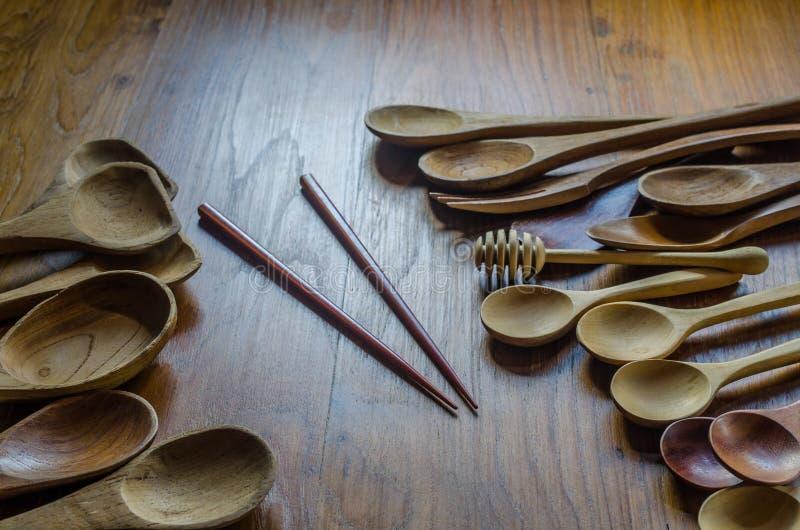 ραβδί μπριζολών και παλαιό αναδρομικό ξύλινο κουτάλι στοκ εικόνες