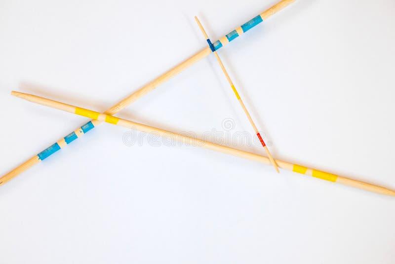 Ραβδιά Mikado που διασκορπίζονται στο άσπρο υπόβαθρο - 7 στοκ φωτογραφία με δικαίωμα ελεύθερης χρήσης