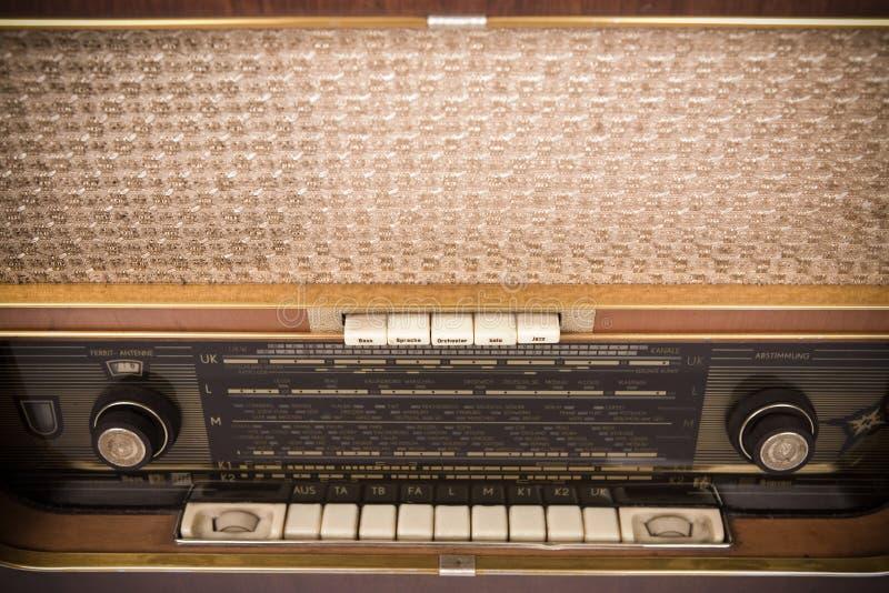 ραδιο αναδρομικός στοκ εικόνα με δικαίωμα ελεύθερης χρήσης