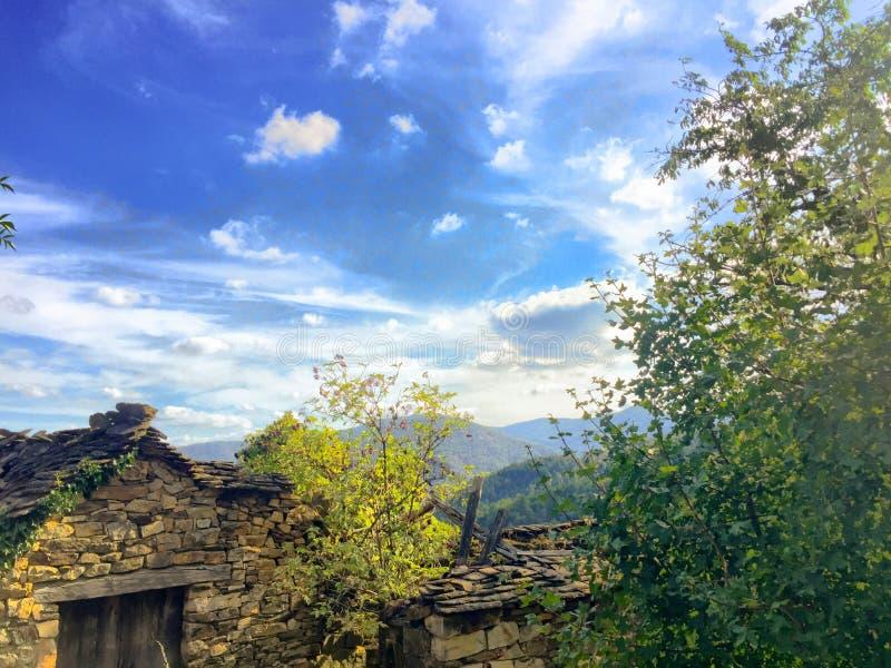 δραματικό βουνό τοπίων στοκ εικόνα με δικαίωμα ελεύθερης χρήσης