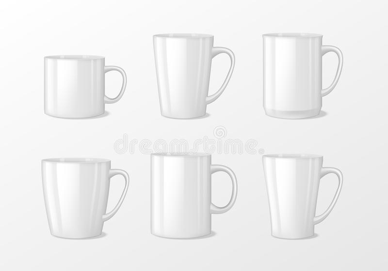 Ρεαλιστικά κενά άσπρα φλυτζάνια κουπών καφέ με τη λαβή Πορσελάνη φλυτζανιών το διανυσματικό πρότυπο προτύπων τσαγιού που απομονών διανυσματική απεικόνιση