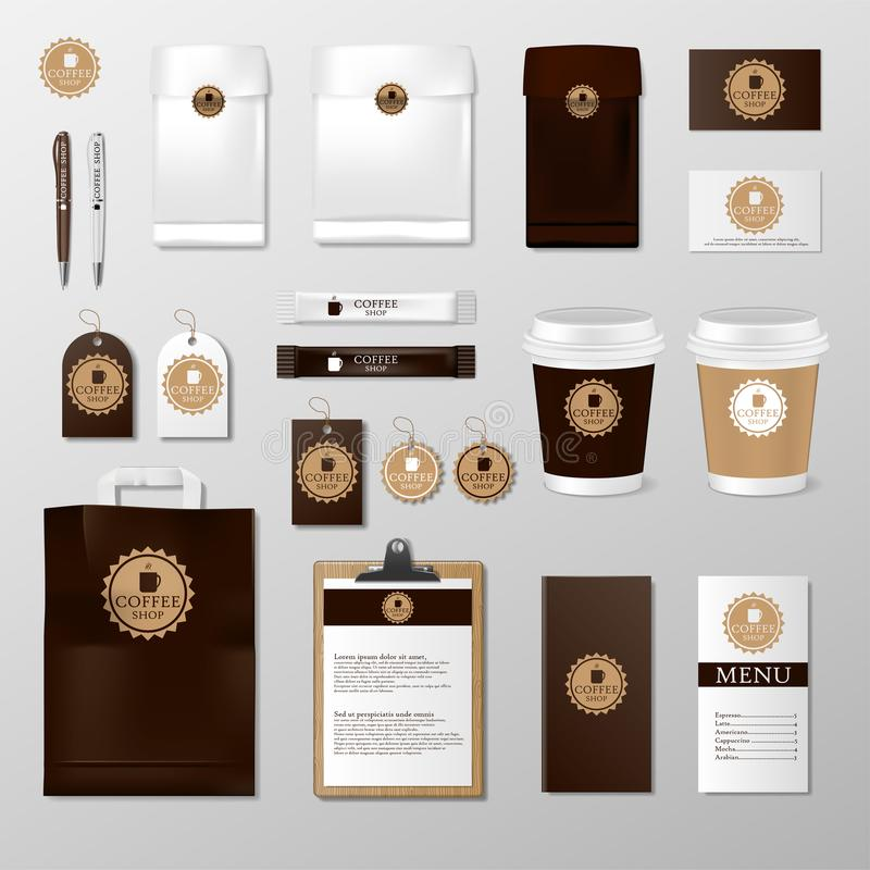 Ρεαλιστική χλεύη συνόλου επάνω στο πρότυπο για τη καφετερία ή το εστιατόριο Κάρτα καφέ, επιλογές, φλυτζάνι, πακέτο εγγράφου, σχέδ ελεύθερη απεικόνιση δικαιώματος