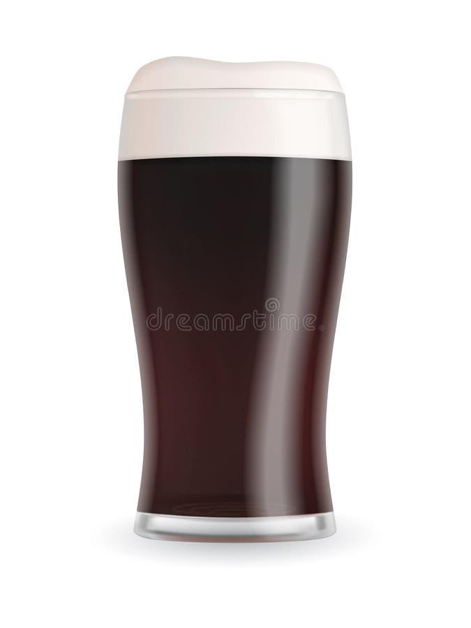 Ρεαλιστικό γυαλί μπύρας με τη σκοτεινή μπύρα δυνατής μπύρας ελεύθερη απεικόνιση δικαιώματος