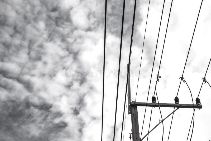 Ρευματοδότες με τα χρωματισμένα σύννεφα στοκ φωτογραφίες με δικαίωμα ελεύθερης χρήσης