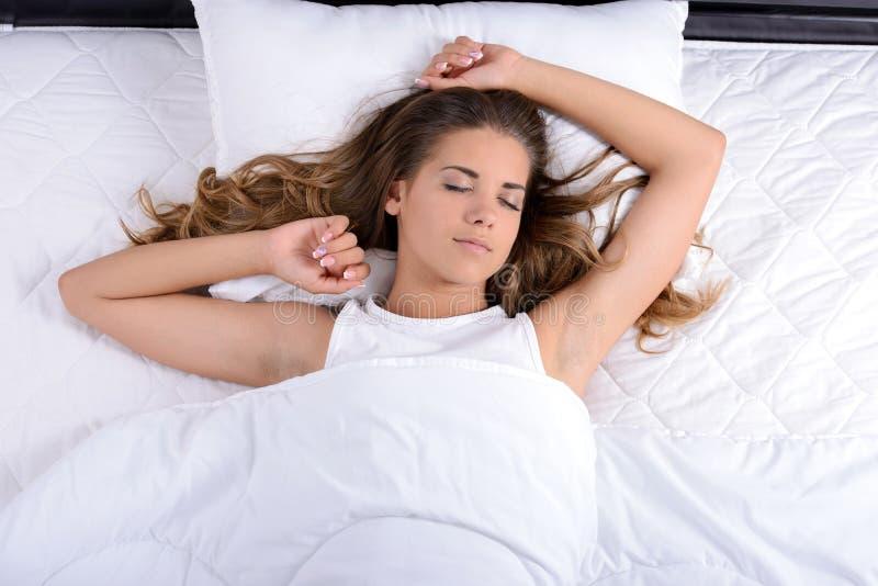 ρηχή γυναίκα ύπνου πεδίων βάθους στοκ φωτογραφίες με δικαίωμα ελεύθερης χρήσης