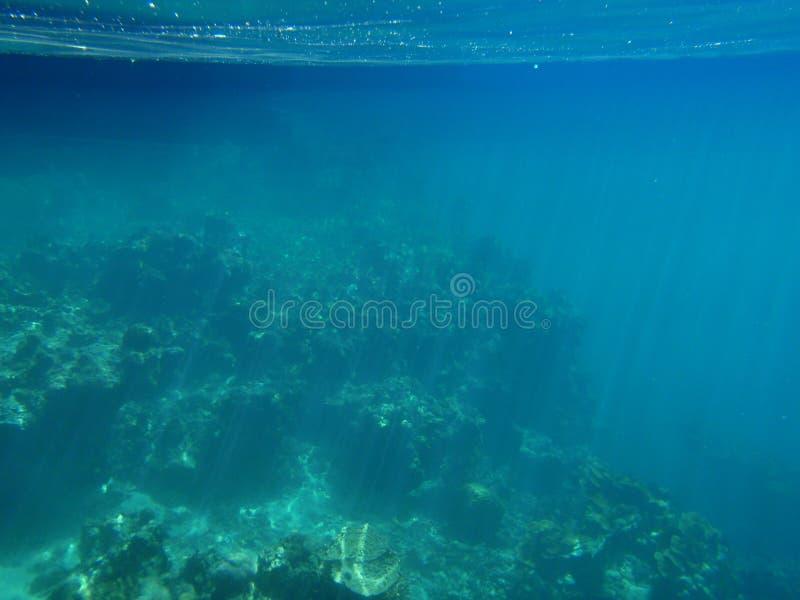 ρηχό ύδωρ ήλιων ακτίνων στοκ φωτογραφίες με δικαίωμα ελεύθερης χρήσης