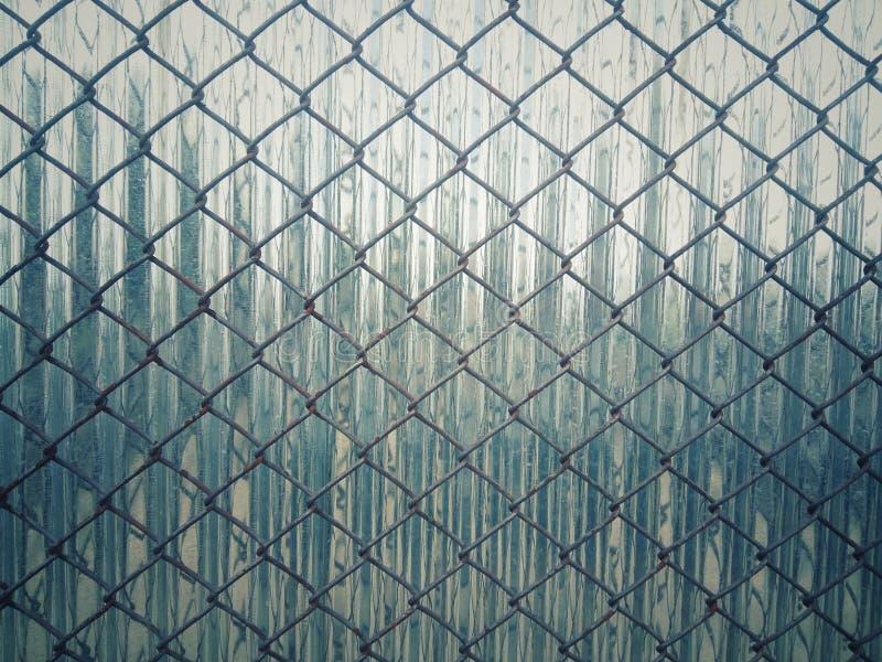 Ριγωτό πλέγμα χάλυβα με την πλάτη στοκ φωτογραφίες με δικαίωμα ελεύθερης χρήσης