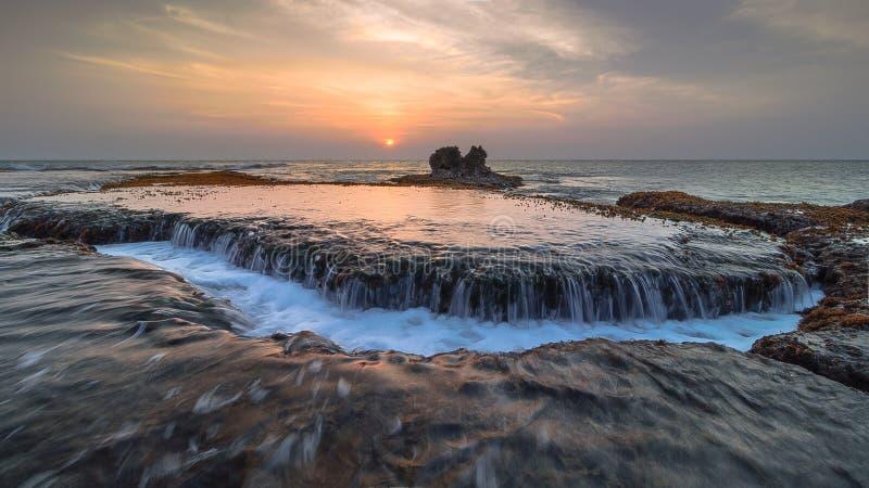 Ροή του νερού στη bulakan παραλία στοκ φωτογραφία με δικαίωμα ελεύθερης χρήσης