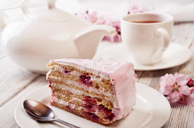 ροζ κέικ στοκ εικόνα με δικαίωμα ελεύθερης χρήσης