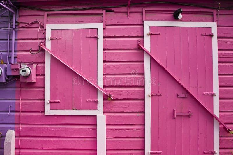 ροζ πορτών στοκ εικόνες