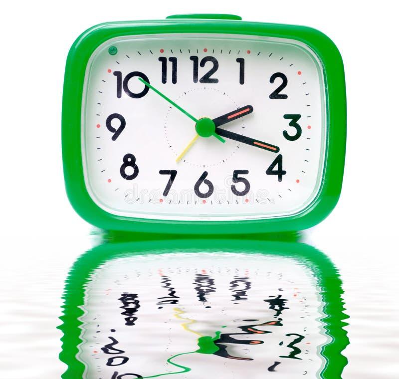 ρολόι συναγερμών πράσινο στοκ φωτογραφίες με δικαίωμα ελεύθερης χρήσης