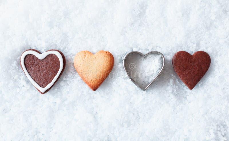 Ρομαντικά μπισκότα καρδιών Χριστουγέννων