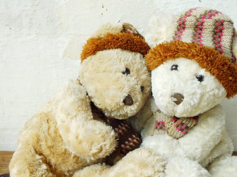 Ρομαντικές teddy αρκούδες στοκ φωτογραφίες