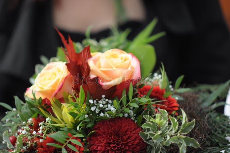Ρομαντική αγάπη 37 γαμήλιων συμβόλων ζευγών γάμου στοκ φωτογραφία