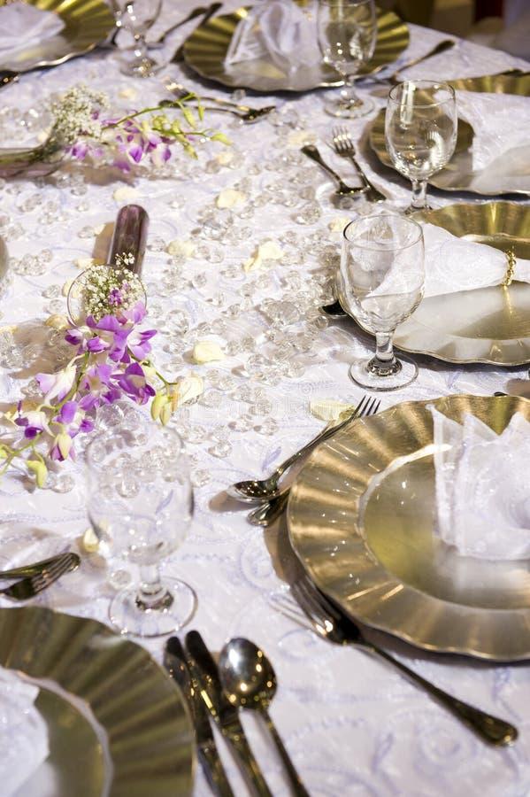 ρομαντικός θέτοντας μαλακός επιτραπέζιος γάμος στοκ εικόνα