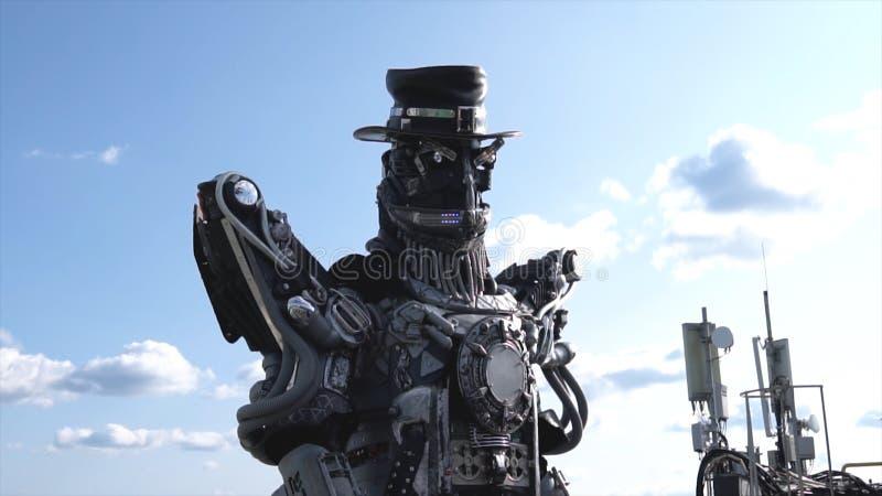 Ρομποτικοί κεφάλι και ώμοι droids footage Ρομπότ Droid στο υπόβαθρο του ουρανού με τα σύννεφα απομονωμένο έννοια λευκό τεχνολογία στοκ φωτογραφία με δικαίωμα ελεύθερης χρήσης