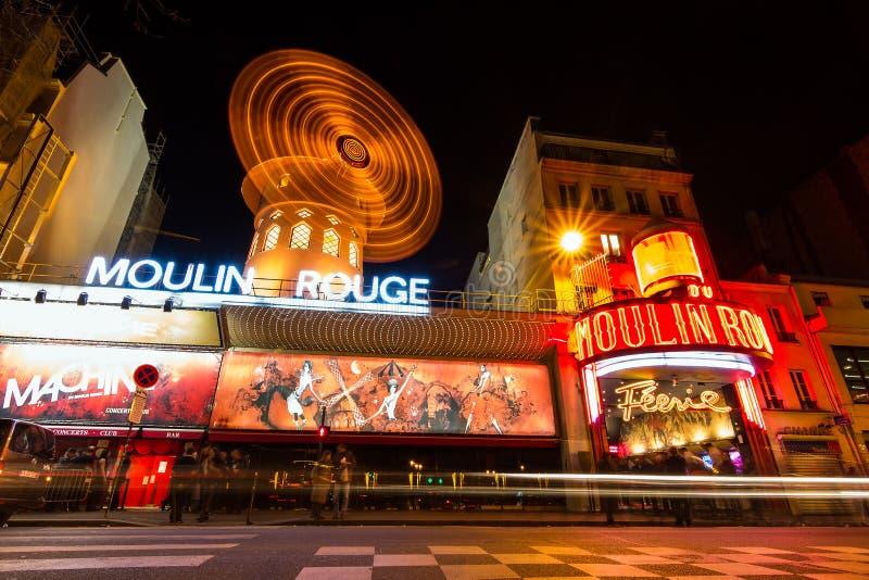 ρουζ του Παρισιού moulin της Γαλλίας στοκ εικόνες με δικαίωμα ελεύθερης χρήσης