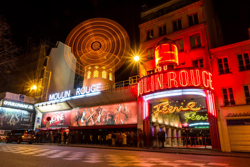 Ρουζ moulin του Παρισιού στοκ εικόνα