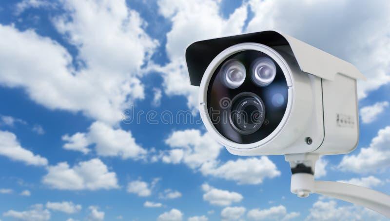 ρολόι γύρω από την επίβλεψη στοκ φωτογραφία με δικαίωμα ελεύθερης χρήσης