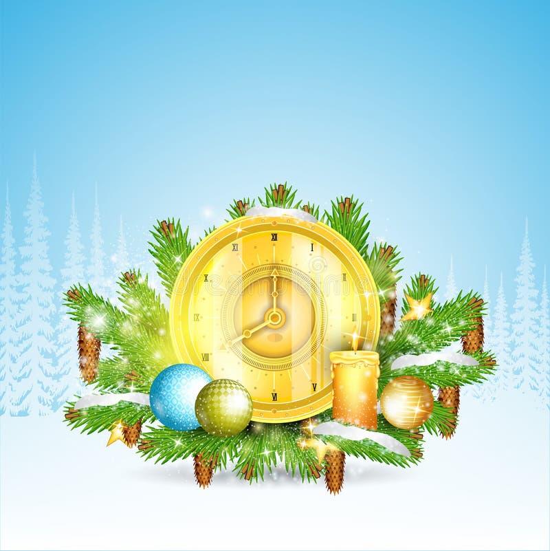 Ρολόι με τη στάση κεριών στους χιονώδεις κλάδους δέντρων έλατου Στιλπνό στοιχείο Χριστουγέννων στο δασικό τοπίο ελεύθερη απεικόνιση δικαιώματος