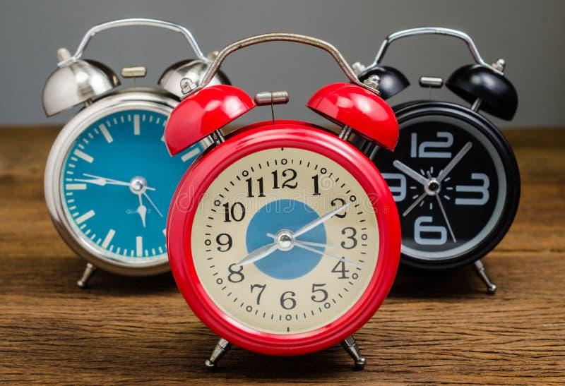 ρολόι συναγερμών αναδρομικό στοκ φωτογραφίες με δικαίωμα ελεύθερης χρήσης
