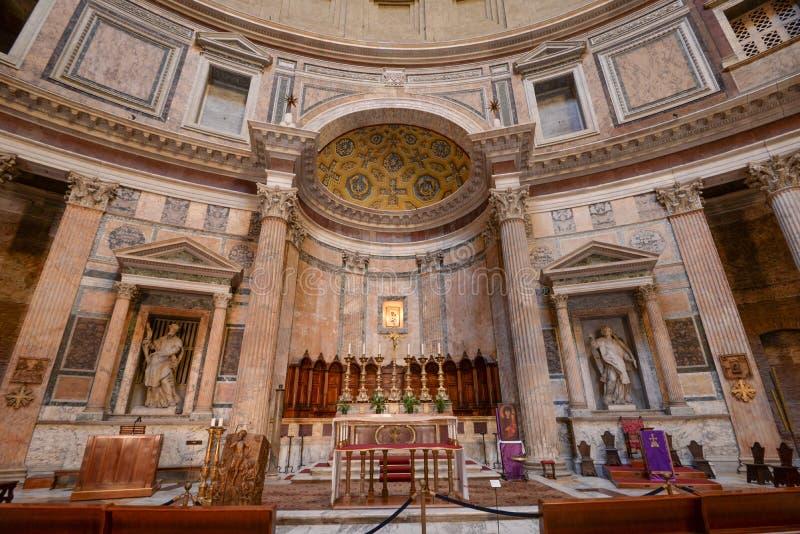 Ρωμαίος - καθολική βασιλική στοκ εικόνες