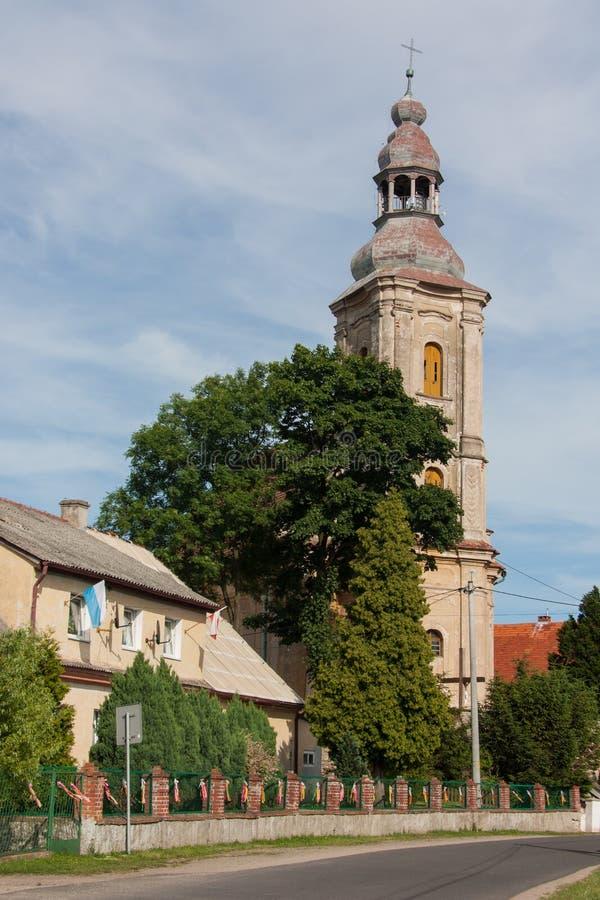 Ρωμαιοκαθολική εκκλησία που αφιερώνεται σε Άγιο Bartholomew ο απόστολος στο χωριό Topola στοκ φωτογραφίες με δικαίωμα ελεύθερης χρήσης