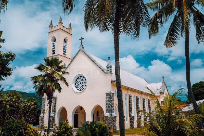 Ρωμαιοκαθολική εκκλησία του ST Roch στη μικρή θέση Beau Vallon, νησί Mahe, Σεϋχέλλες στοκ εικόνες με δικαίωμα ελεύθερης χρήσης
