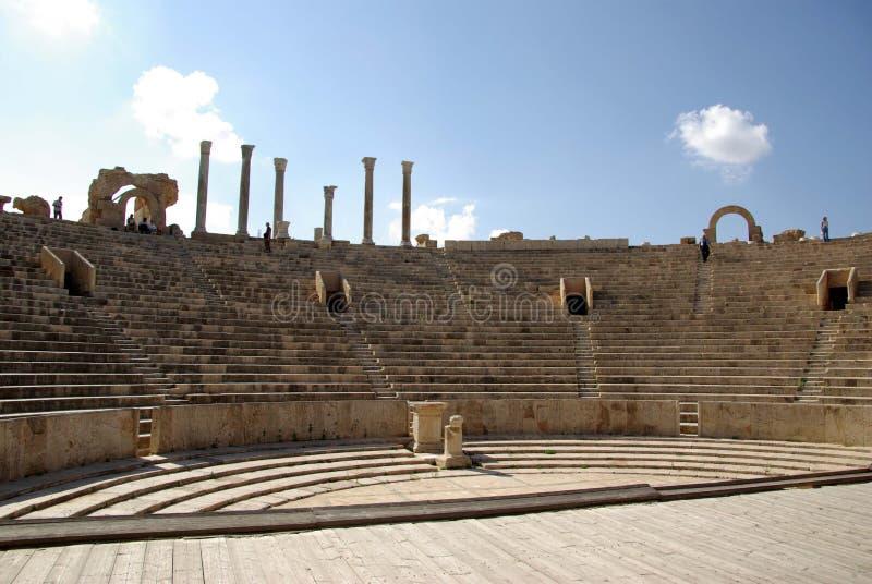 ρωμαϊκό θέατρο της Λιβύης στοκ φωτογραφίες με δικαίωμα ελεύθερης χρήσης