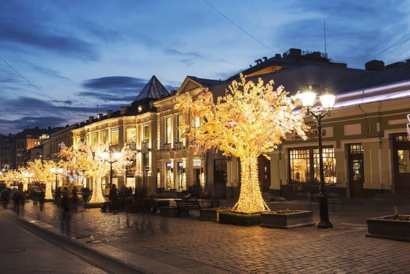 Ρωσία, Μόσχα, Kuznetsky πιό πολύ, το ελατήριο της Μόσχας φεστιβάλ στοκ φωτογραφία