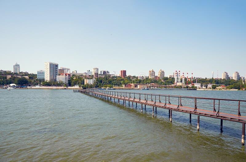 Ρωσία Ο ποταμός φορά δίπλα στο πάρκο ` Levoberezhny ` 1 Ιουλίου 2018 στοκ εικόνες με δικαίωμα ελεύθερης χρήσης